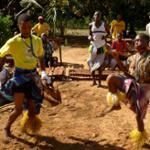 D'Ouest en Est / Danses rituelles - Le Zaouli de Manfla (Côte d'Ivoire) - Ensemble Chopi Timbila Orquestra (Mozambique)