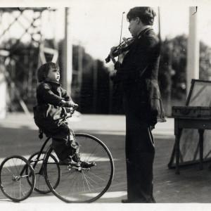 Charlie Chaplin with a smile  / Orchestre de Paris - Frank Strobel