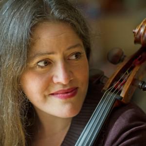 Le Violoncelle de guerre / Emmanuelle Bertrand - François Marthouret - Bach, Britten, Durosoir, Debussy, Amoyel