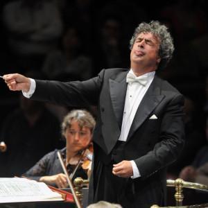 Czech Philharmonic  / Semyon Bychkov - Katia et Marielle Labèque - Dessner, Mozart, Dvořák