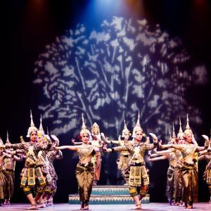 Ballet royal du Cambodge / Métamorphoses